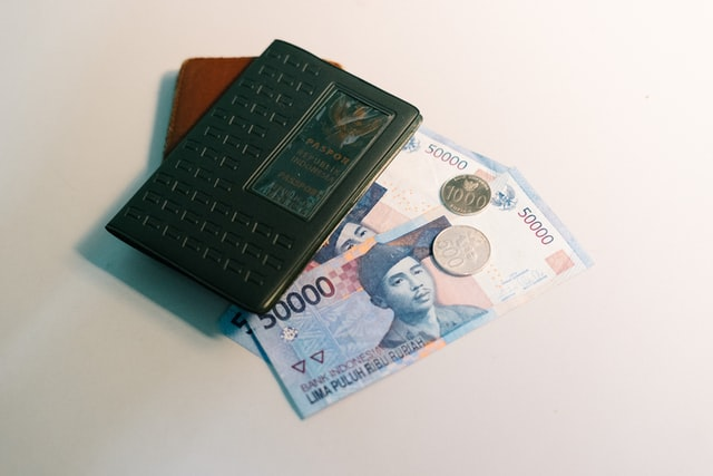 The currency used in Bali is Rupiah (Rp)