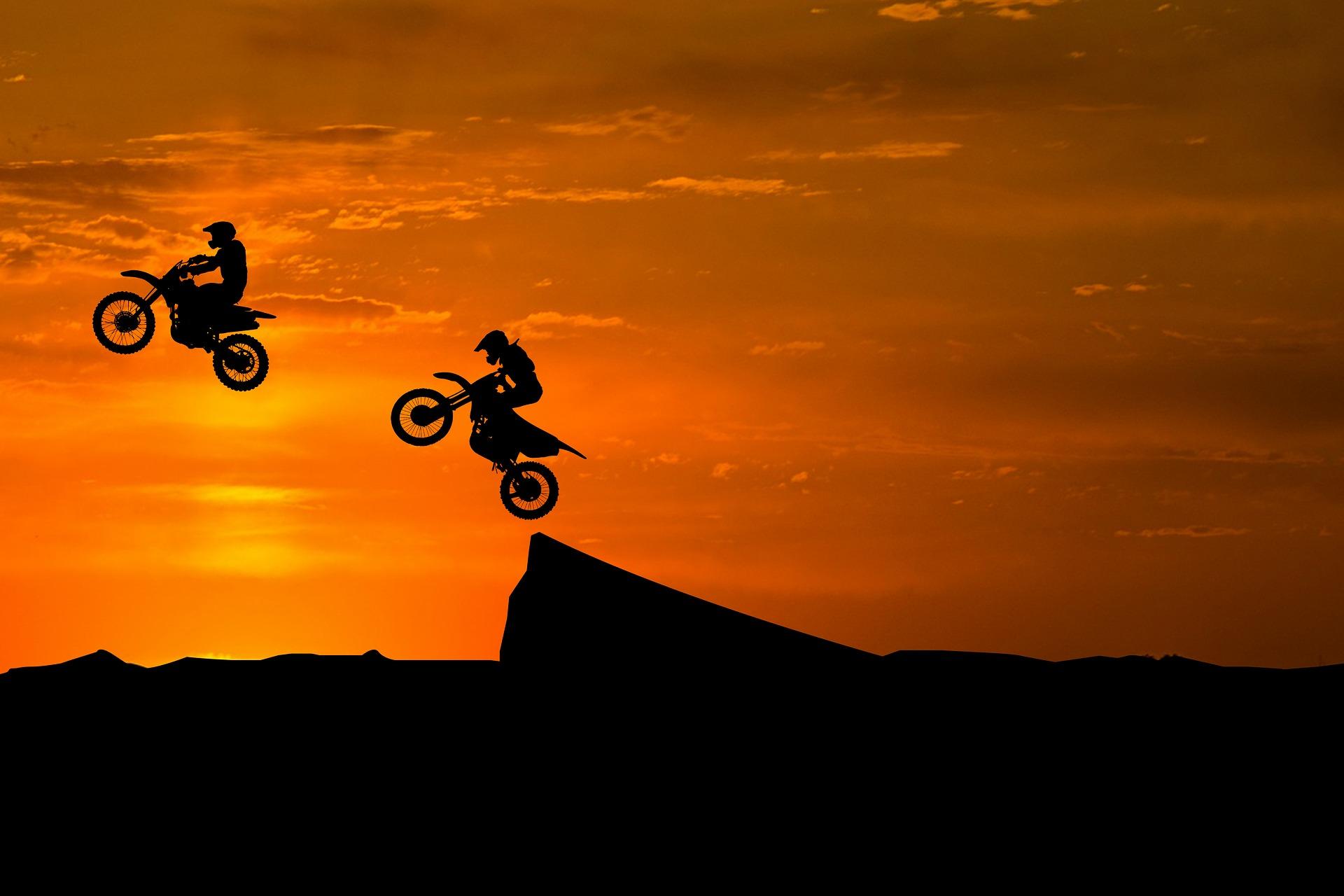 motor cross jump