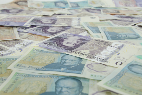 when is the best time to buy British pounds (GBP)